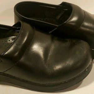 Dansko Womens Shoes Sz 36 Black Slipon Leather